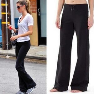 Lululemon Relaxed Fit Wide Leg Pant Size 4